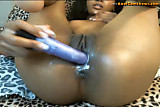 Close up of ebony squirting pussy